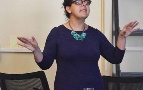 DACA Repeal Discussion  On September 15 during lunch in the Innovation Lab, San Jose-based  immigration lawyer and NDB alumna Jessica Jenkins, '99, lead an  information session on the repeal of DACA and a discussion of what the NDB community can do in response.