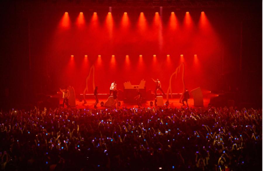 Pre-quarantine+concerts+had+jam-packed+venues.+