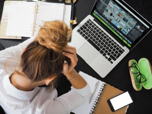 How do teachers and students de-stress from online distance learning?