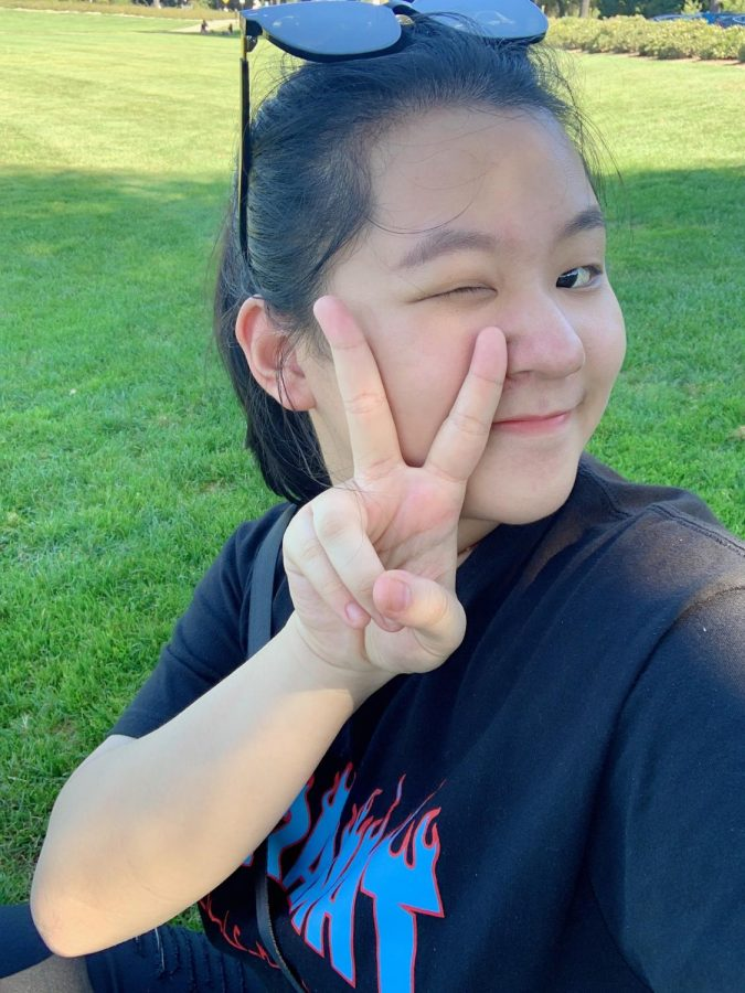 NDB sophomore Jennifer Jin takes a fun selfie while enjoying being outside.